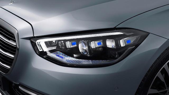 new-mercedes-s-class-headlights-and-daytime-running-light