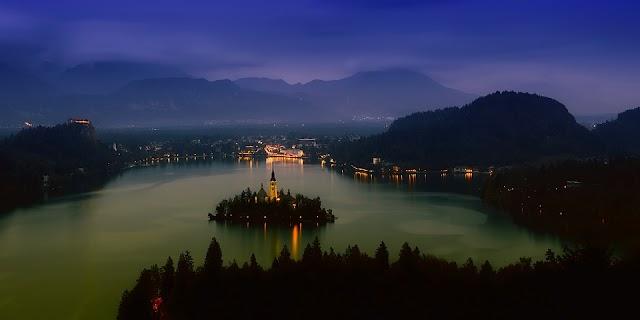 Alertă de călătorie! Slovenia, cod roșu de vânt puternic