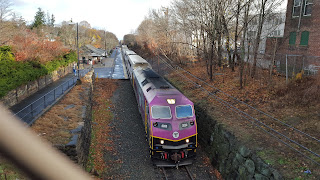 MBTA commuter rail at Franklin/Dean Station