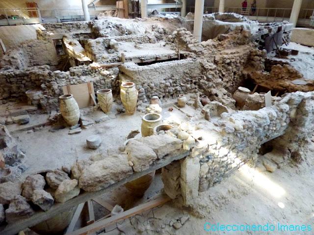 ruinas akrotiri santorini