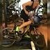 Vídeo de Orla Walsh destrozando un rodillo con su brutal pedaleo