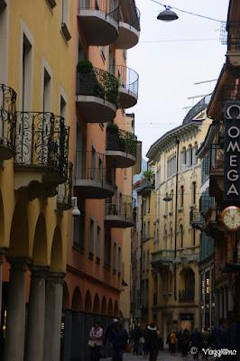 Le eleganti vie del centro a Lugano