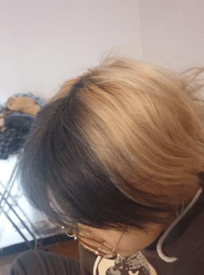 Chị nga một cosplay chia sẽ về keo xịt đổi màu tóc familiar