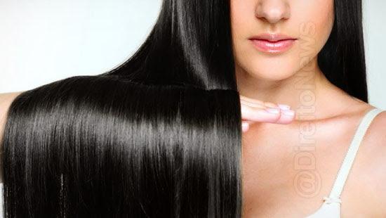 mulher cabelo preto tinta loira direito