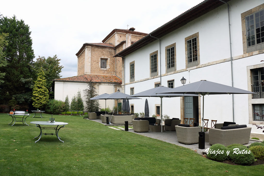 Jardín del Palacio de Moutas, Pravia