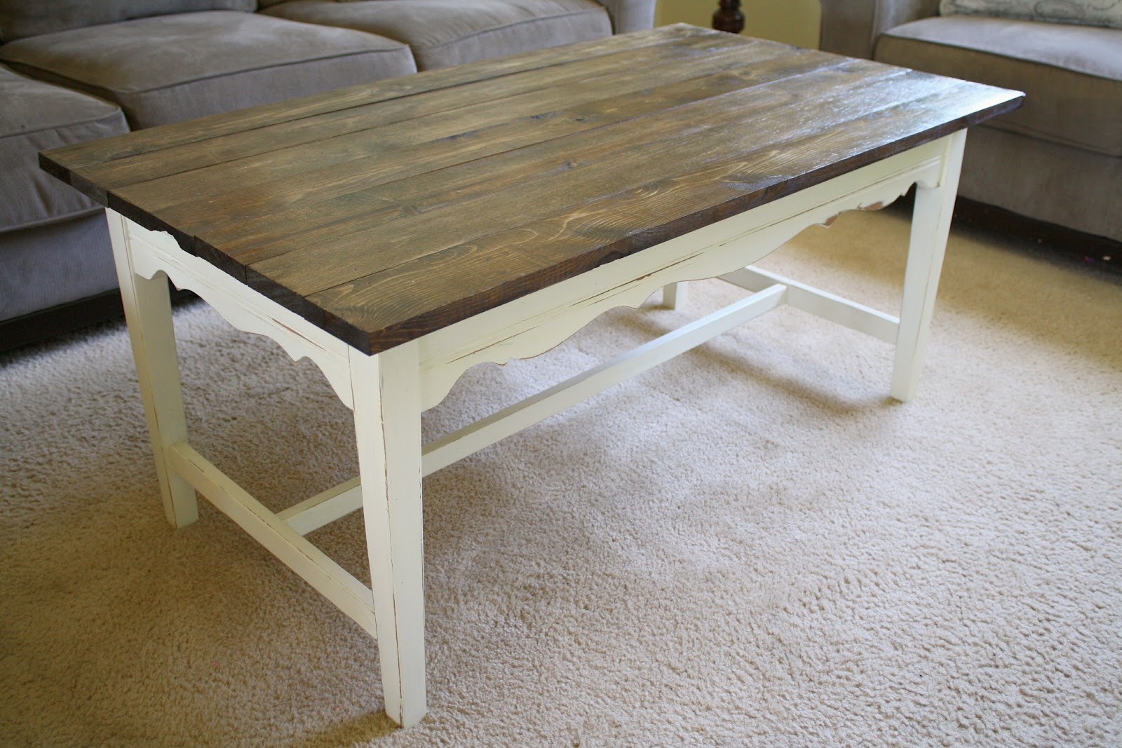 painting wood furniture whiteDIY Farmhouse Coffee Table