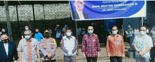 Wamendag RI dan Walikota Manado Keliling Pasar Bersehati