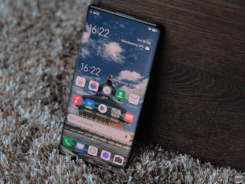 Vivo NEX 3 with its waterfall full view screen