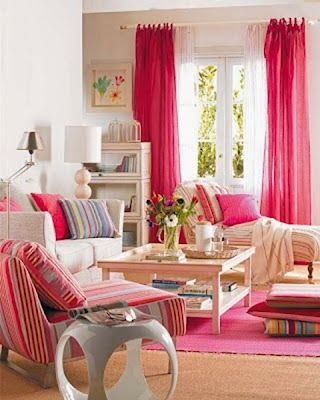 sala color fucsia
