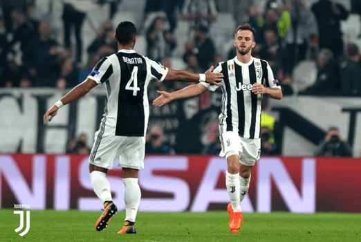 Miralem Pjanic dan Medhi Benatia akan turun sebagai starter saat Juventus menjamu Tottenham Hotspur