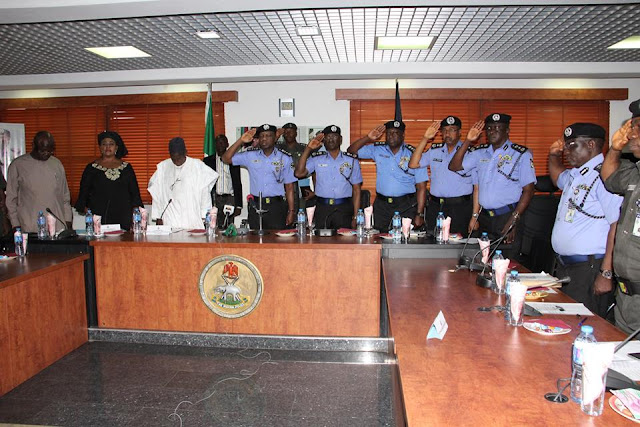 Oversight Visit by the Senate Committee on Police Affairs
