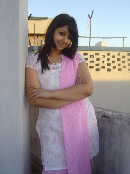 Desi bhabhi ji sleeping devar secretly plays juicy wet pussy 2