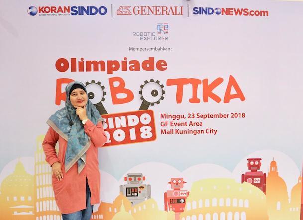 Haya-Aliya-Zaki-olimpiade-robotika