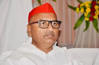 जौनपुर : शाहगंज के लिए सपा विधायक ललई यादव ने अपनी निधि से दिए 10 लाख