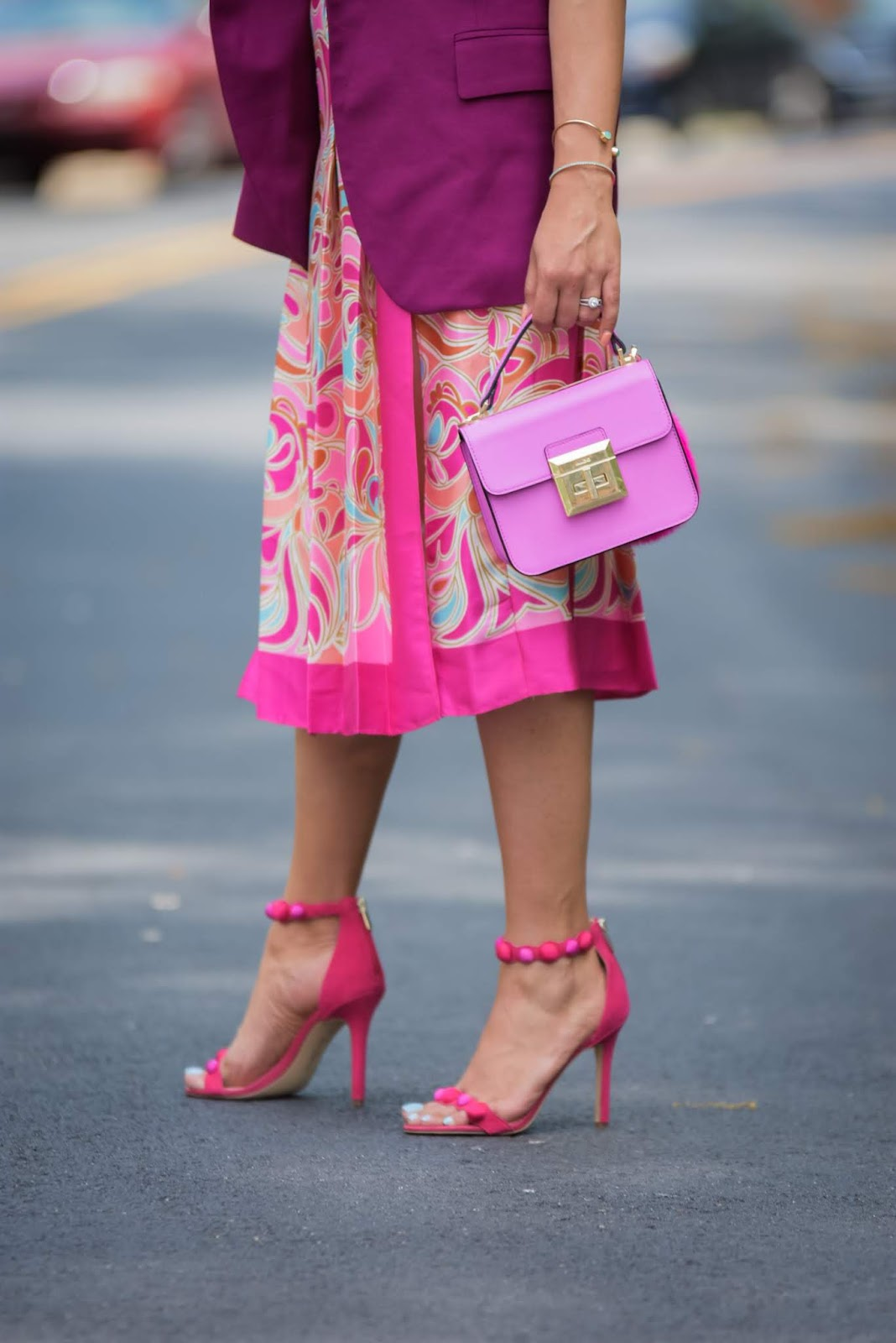 how to wear monochromatic pink, printed seperates zara outfit, pink sam edelman sandals, strappy heels, street style, pink blazer look.,office workwesr, brights, ray ban sunglasses, slit skirt, aldo pink pom pom boag, purple, myriad musings