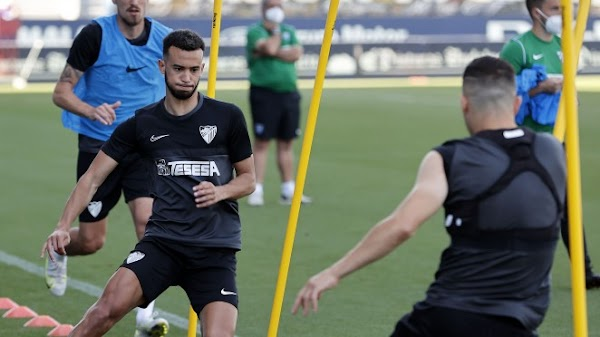 El Málaga consigue la permanencia matemática tras la derrotas de Sabadell y Logroñés
