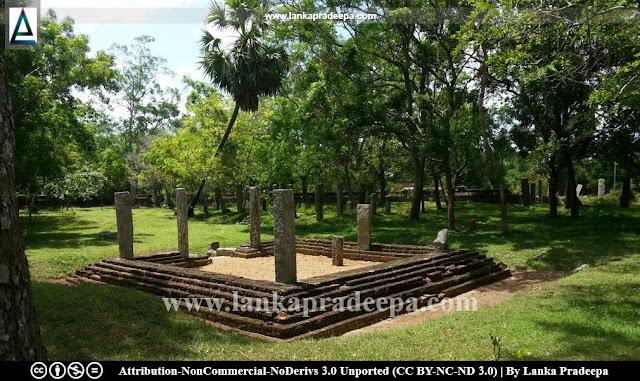 Ruins at Kasagala Raja Maha Viharaya