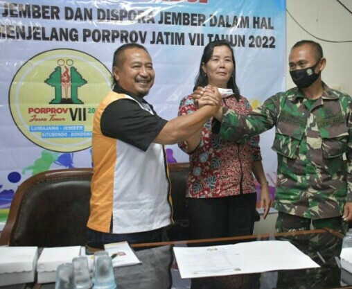Gandeng TNI (Brigif) 9 Koni Jember Gembleng Atlet.