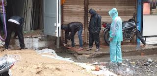 लगातार बारिश के चलते नगर परिषद सीएमओ ने किया नगर का दौरा, कर्मचारियों को दिए आवश्यक दिशा निर्देश