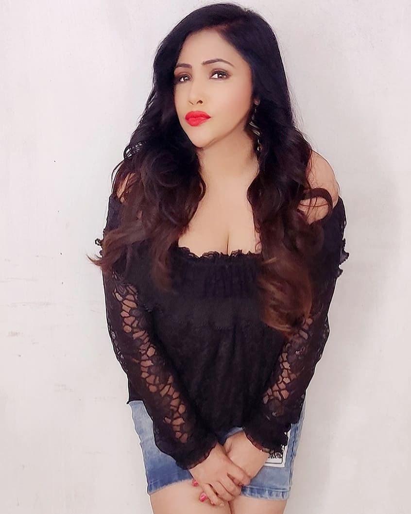 Rajsi Verma Model Pictures