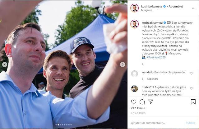 Władysław Kosiniak-Kamysz pozuje do selfie z swoimi zwolennikami
