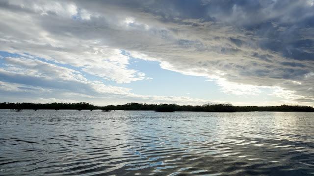 Jardines de la Reina. The water looks so calm.