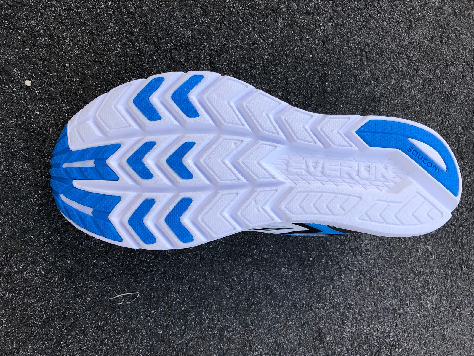 on sale 8ea04 256ae The new longitudinal flex grooves make a huge positive difference in how  the shoe runs giving it a very fluid any pace ...