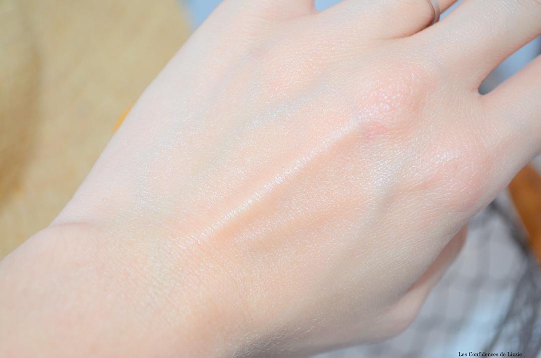 vichy - eau mineralisante - produits solaires - produit solaire indice 50 - anti uva - antiavb - brume fraicheur - fluide lacte - brumisateur