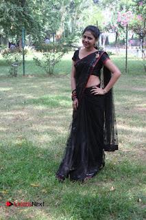 Manishajith sexy Manishajith in saree hot navel lovely choli chest boobs
