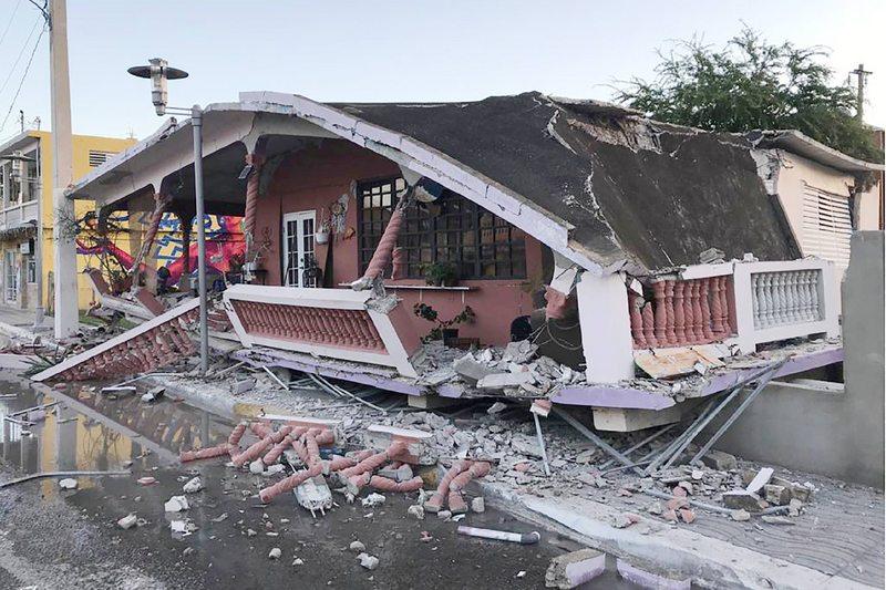 Sismólogo explica la secuencia de fuertes temblores en Puerto Rico que dejó destrucción y un fallecido