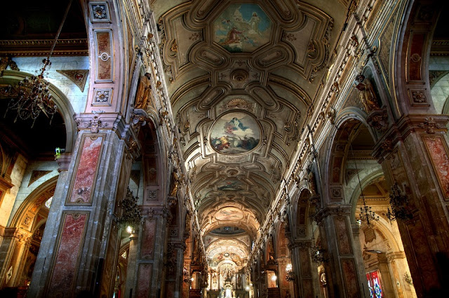 Passeio gratuito pela Catedral Metropolitana de Santiago