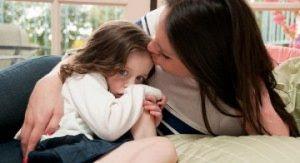 Bagaimana Pola Asuh Pada Anak Yang Pemalu Agar Tidak Minder ?