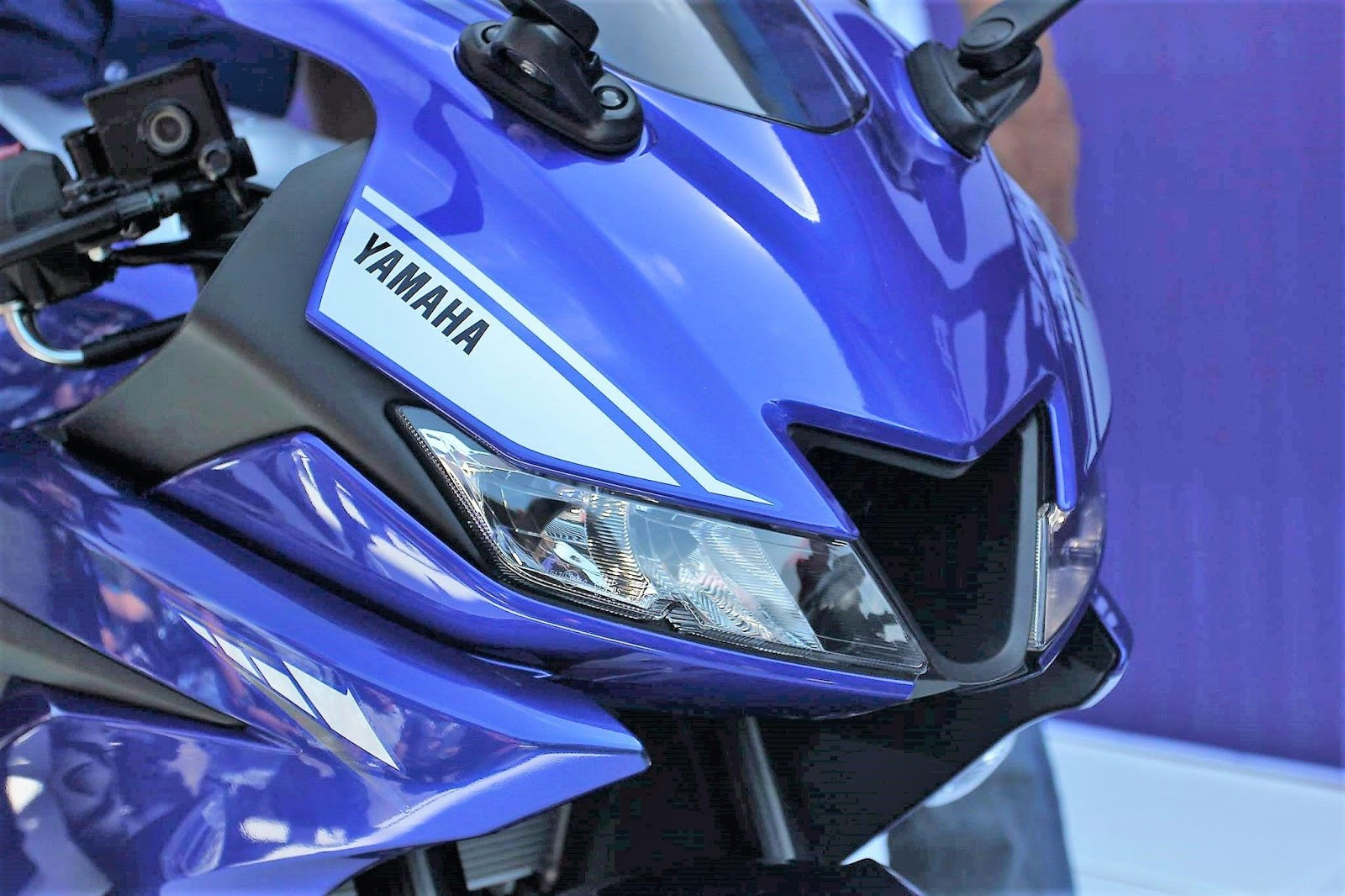 Gambar Yamaha R15 V3 kualitas HD - 15