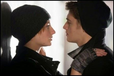 Sophie Turner y Gregg Sulkin en 'Mi otro yo' (Isabel Coixet, 2013)
