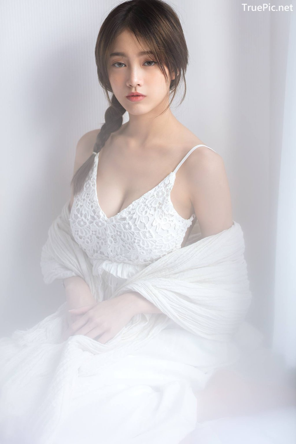 Image Thailand Model - Pimploy Chitranapawong - Beautiful In White - TruePic.net - Picture-2