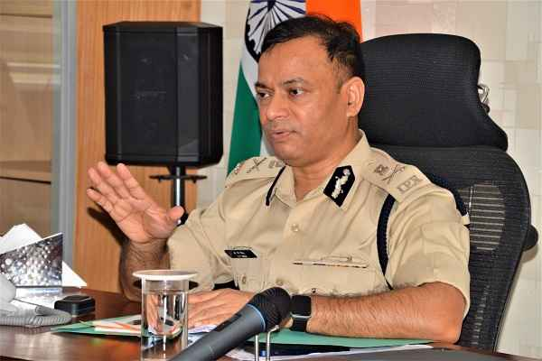 faridabad-crime-branch-work-distributed-by-cp-op-singh