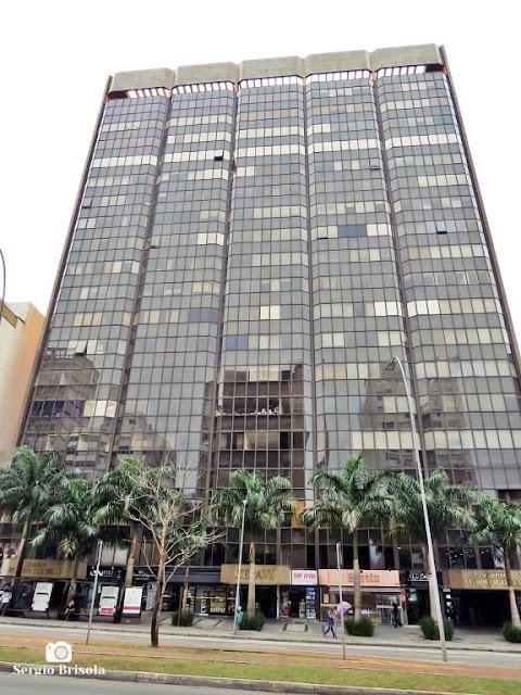 Vista ampla do Edifício Palácio das Américas e Vitrine Iguatemy - Jardim Paulistano - São Paulo