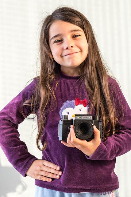Violetilla, aprendiendo a sujetar la cámara