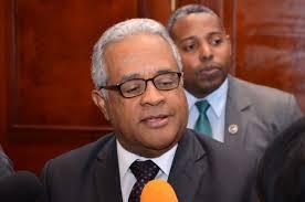 Ministro de Salud anuncia sanciones con multas de uno a diez salarios mínimos por no usar mascarillas en espacios públicos