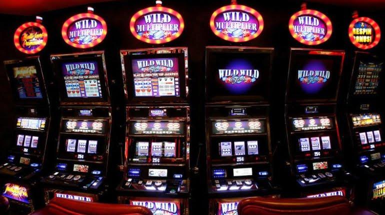 Si può davvero individuare il momento in cui una slot machine sta per pagare?