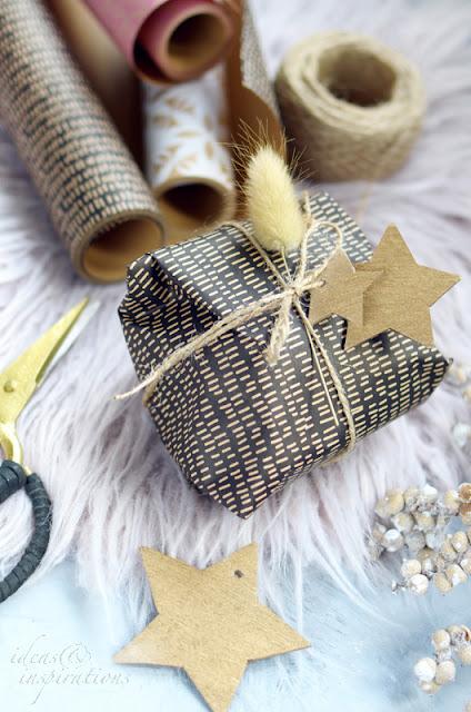 Aus Holz selber Sterne basteln für die Weihnachtsgeschenke