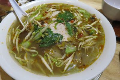 123 ZÔ Vietnamese BBQ Skewers and Hotpot, bun bo hue