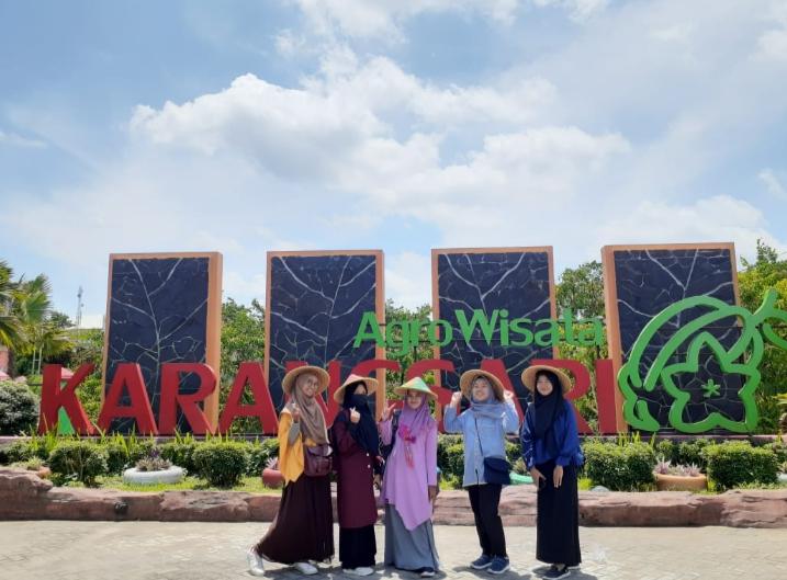 Tiket Masuk Agrowisata Belimbing Karangsari Blitar Terbaru 2020 Cek Daya Tariknya Sanflawer Com