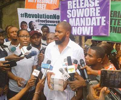 BREAKING!!! Popular Activist Offered ₦1m Bribe To Stop Sowore's Protests(VIDEO)