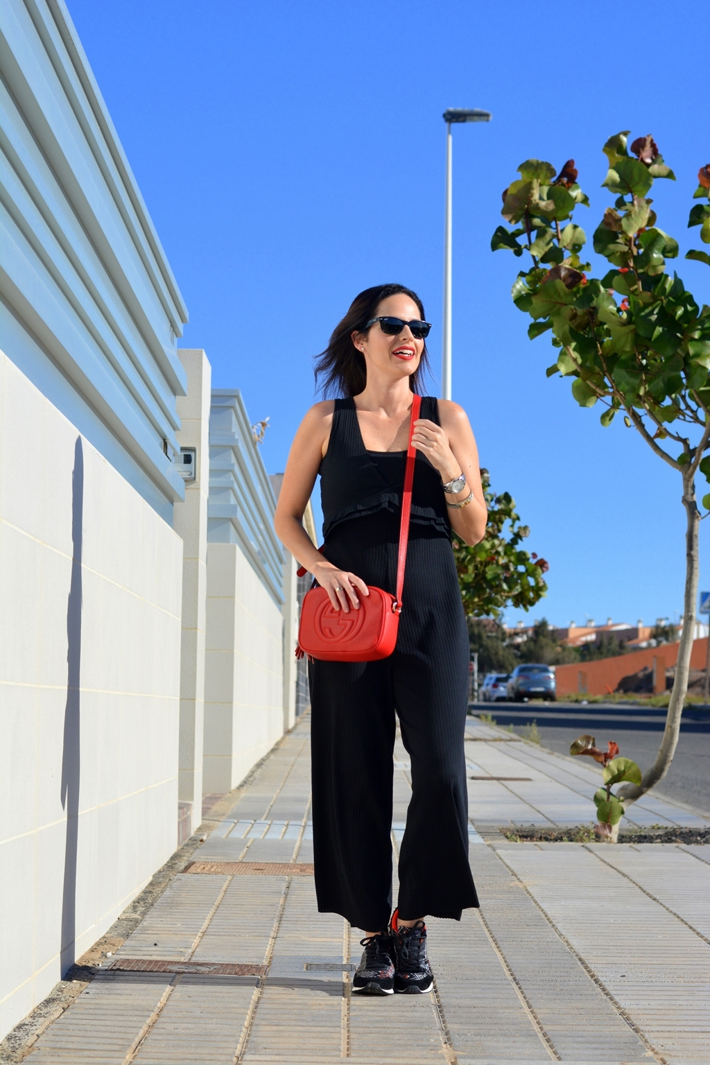 zara-black-jumpsuit-outfit-streetstyle