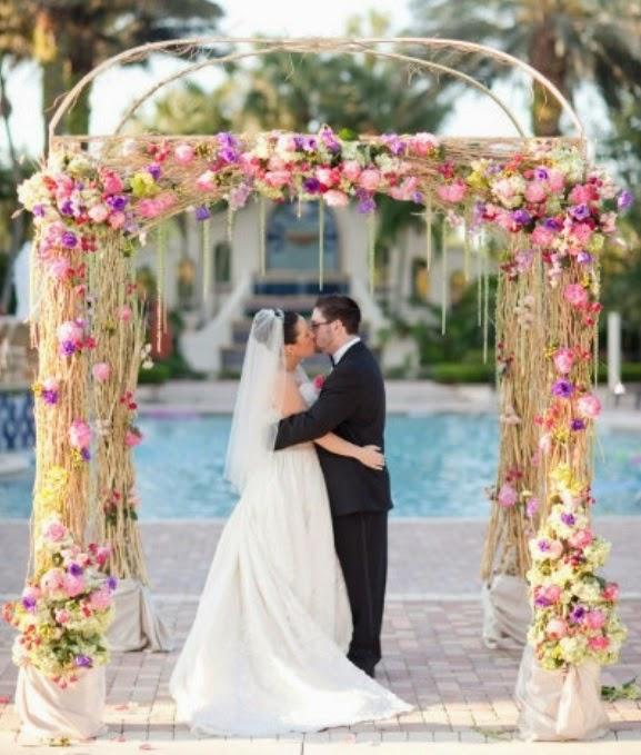 Wedding Arch Floral Decorations: Summer Wedding Flowers