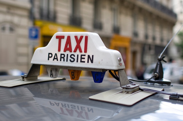 Táxi do aeroporto até Paris