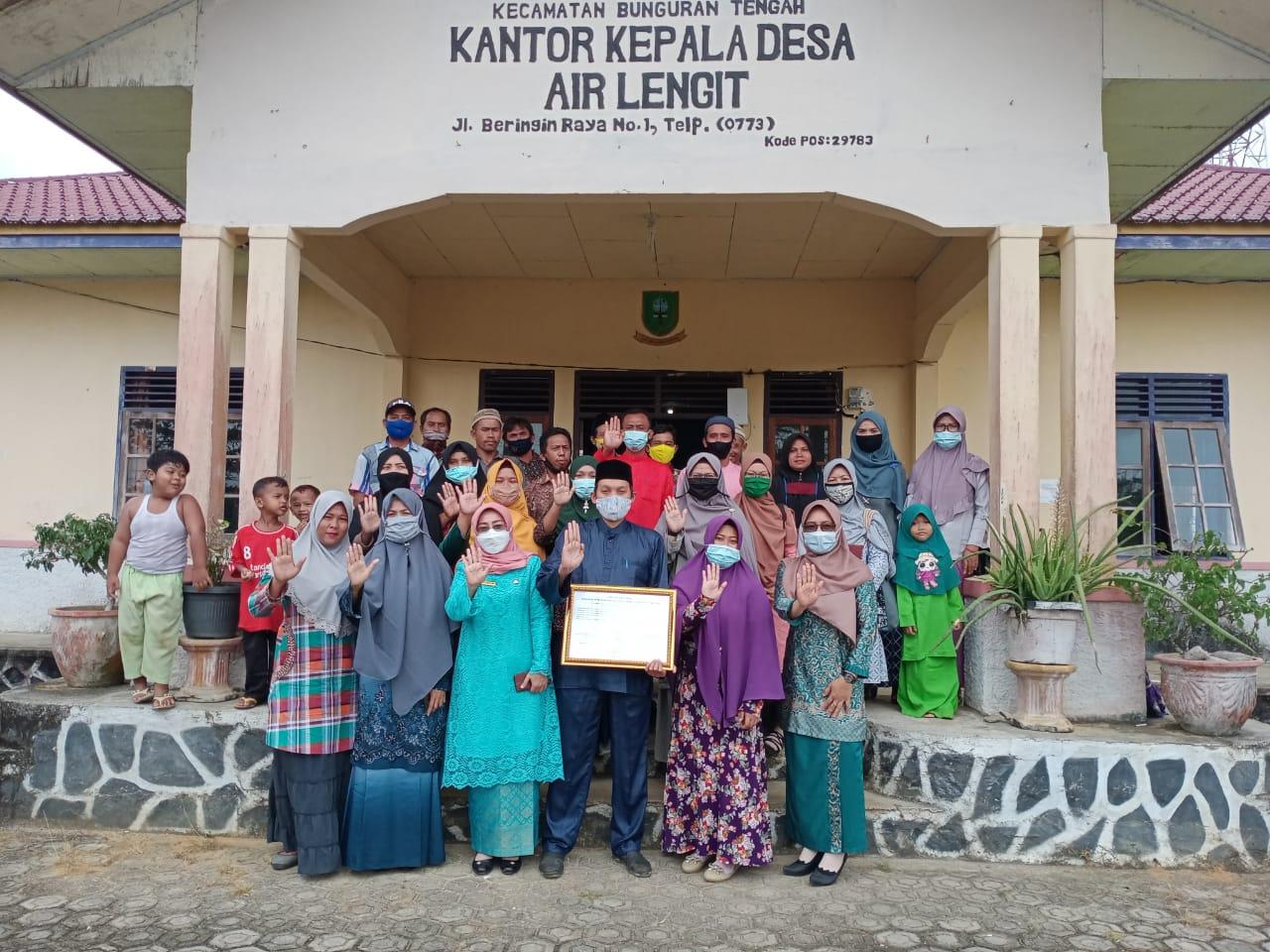 Kadis P3P2KB Sosialisasikan Desa Ramah Perempuan dan Peduli Anak Untuk Meningkatkan Kesejahteraan dan Kesehatan Masyarakat