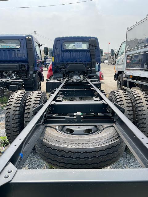 Khung gầm xe 7 tấn Hyundai 110XL