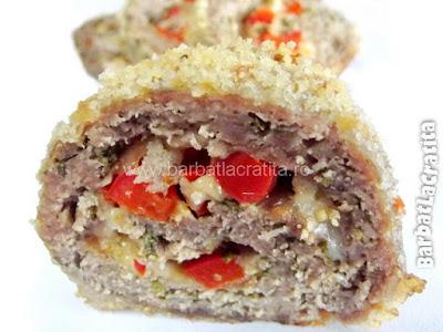 Felie de rulada de carne tocata cu pesmet (imaginea retetei)
